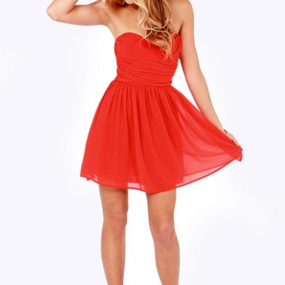 Lulu's Dresses & Skirts - Lulu's Red Wrap Strapless Skater Dress - Like New!